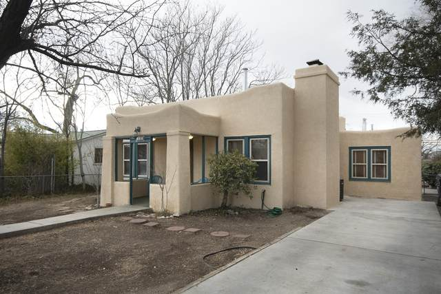 409 Princeton Drive SE, Albuquerque, NM 87106 (MLS #984169) :: The Bigelow Team / Red Fox Realty