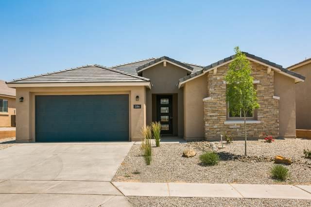 2186 Beckham Drive NE, Rio Rancho, NM 87144 (MLS #984696) :: Sandi Pressley Team