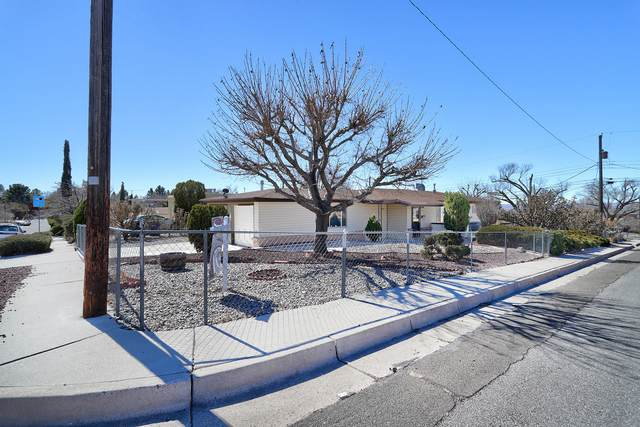 1701 Vassar Drive SE, Albuquerque, NM 87106 (MLS #985976) :: Sandi Pressley Team