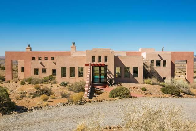 5 Sunset Mesa Court, Placitas, NM 87043 (MLS #986970) :: The Buchman Group
