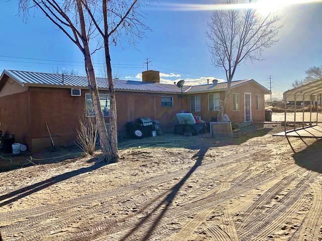 4723 Don Pedro Padilla Road SW, Albuquerque, NM 87121 (MLS #987573) :: The Buchman Group