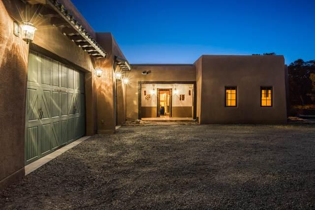 4 Blue Gramma Court, Tijeras, NM 87059 (MLS #988690) :: Keller Williams Realty