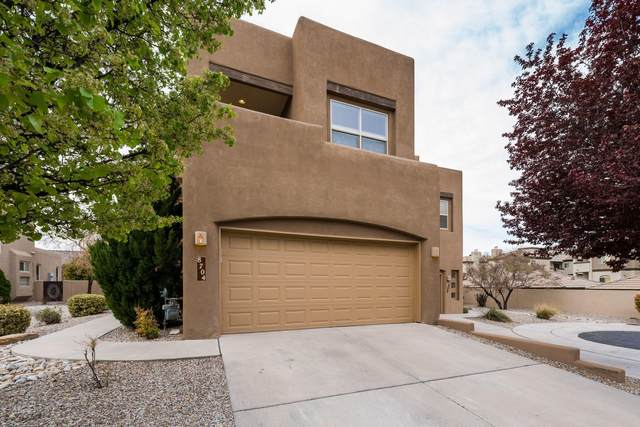 8704 Desert Fox Way NE, Albuquerque, NM 87122 (MLS #989935) :: Keller Williams Realty