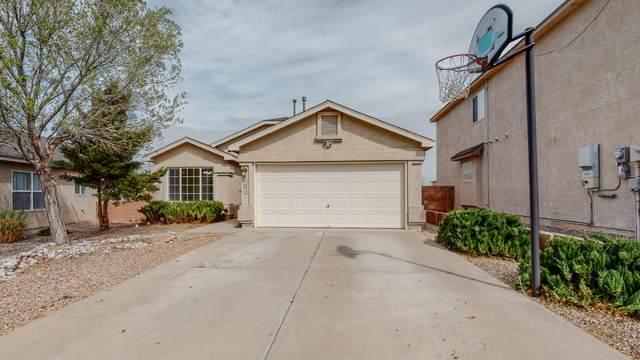 10200 Calle Chulita NW, Albuquerque, NM 87114 (MLS #989952) :: The Buchman Group