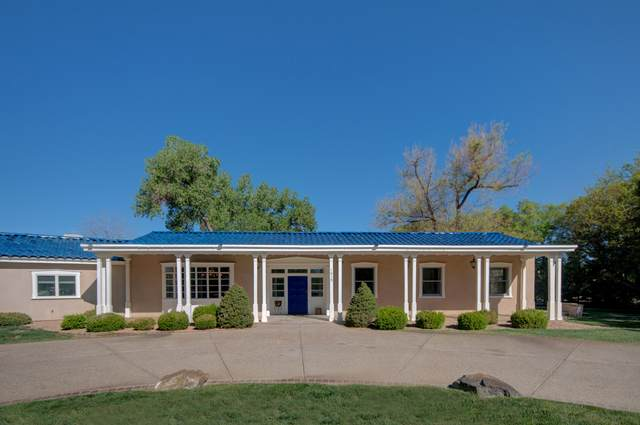 1015 Cottonwood Place NW, Los Ranchos, NM 87107 (MLS #990919) :: The Buchman Group