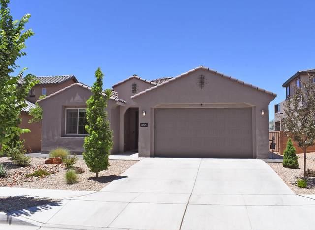 8705 Sugarite Trail NE, Albuquerque, NM 87113 (MLS #991201) :: The Buchman Group