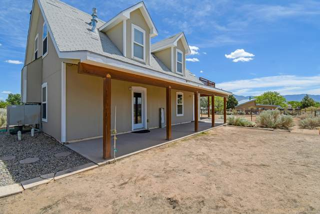 449 Camino Sin Pasada, Corrales, NM 87048 (MLS #991260) :: The Buchman Group
