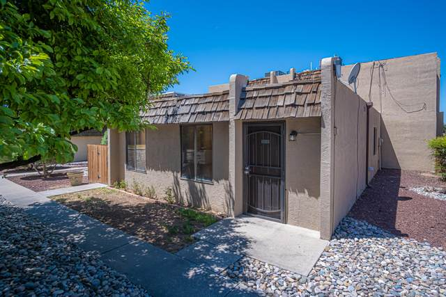 8333 Comanche Road NE 14-A, Albuquerque, NM 87110 (MLS #991322) :: Keller Williams Realty