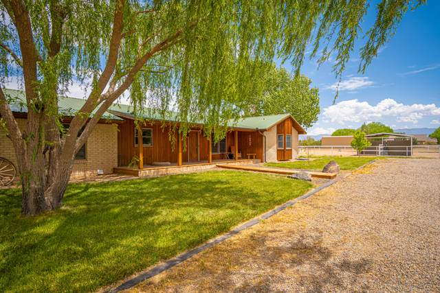 7 Don Quixote, Belen, NM 87002 (MLS #992955) :: Campbell & Campbell Real Estate Services