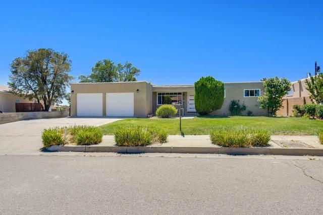 3405 Inca Street NE, Albuquerque, NM 87111 (MLS #993426) :: Berkshire Hathaway HomeServices Santa Fe Real Estate