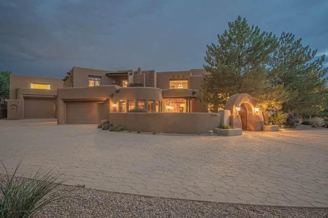 10200 Corona Avenue NE, Albuquerque, NM 87122 (MLS #994158) :: Campbell & Campbell Real Estate Services