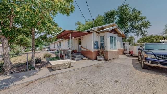 6032 Isleta Boulevard SW, Albuquerque, NM 87105 (MLS #997192) :: Sandi Pressley Team