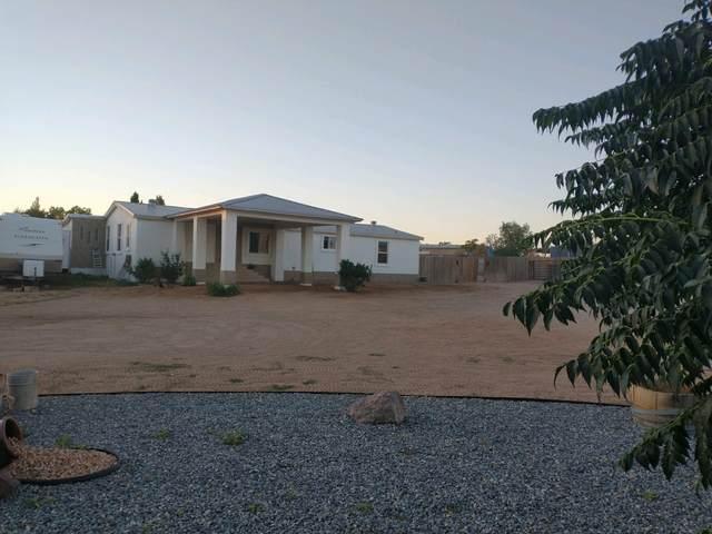 15 Del Rey, Los Lunas, NM 87031 (MLS #998258) :: The Buchman Group