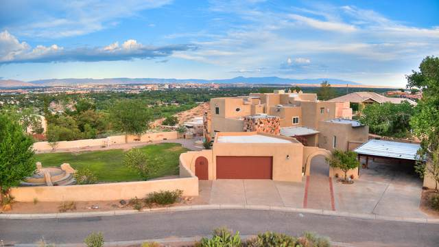2900 Vista Grande Drive NW, Albuquerque, NM 87120 (MLS #998345) :: Campbell & Campbell Real Estate Services