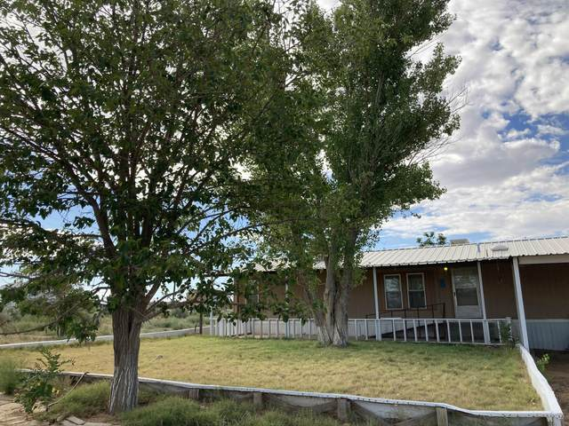 8 Pinata Road, Belen, NM 87002 (MLS #999076) :: Campbell & Campbell Real Estate Services