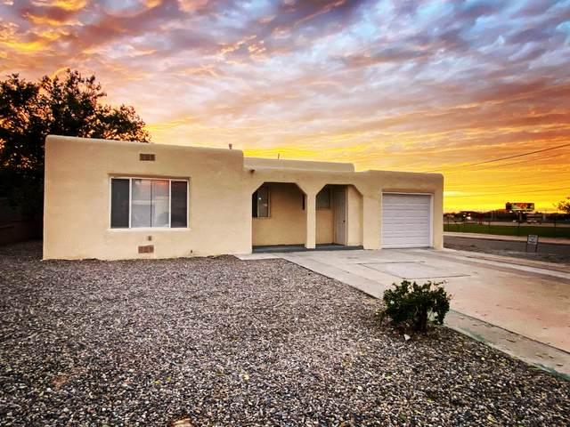 1021 Virginia Street NE, Albuquerque, NM 87110 (MLS #1002361) :: Campbell & Campbell Real Estate Services