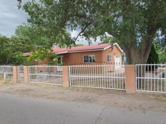 306 Charing Cross Loop, Bernalillo, NM 87004 (MLS #897299) :: Campbell & Campbell Real Estate Services