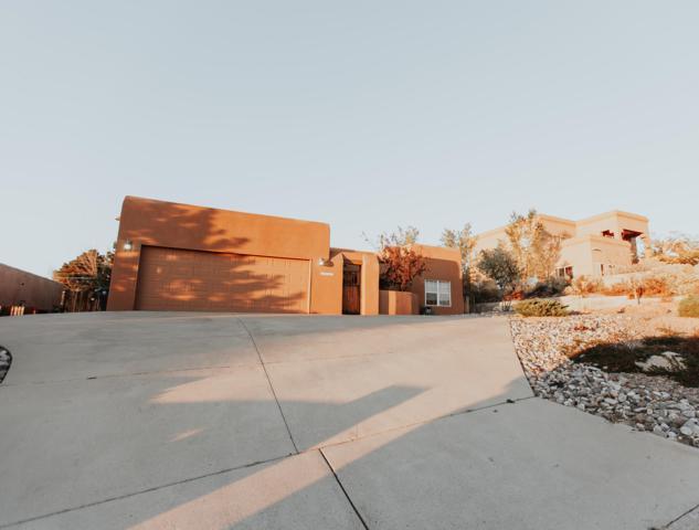13107 Montgomery Boulevard NE, Albuquerque, NM 87111 (MLS #931756) :: The Bigelow Team / Realty One of New Mexico