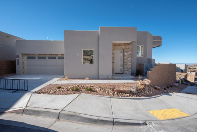 5105 Piedra Cerro Way NE, Albuquerque, NM 87111 (MLS #932353) :: Silesha & Company