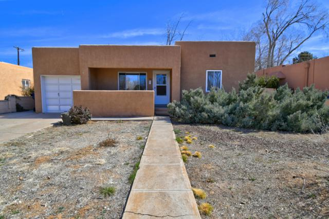 740 Wellesley Drive NE, Albuquerque, NM 87106 (MLS #933012) :: Campbell & Campbell Real Estate Services