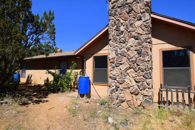 136 Sangre De Cristo Circle, Cedar Crest, NM 87008 (MLS #947560) :: Campbell & Campbell Real Estate Services