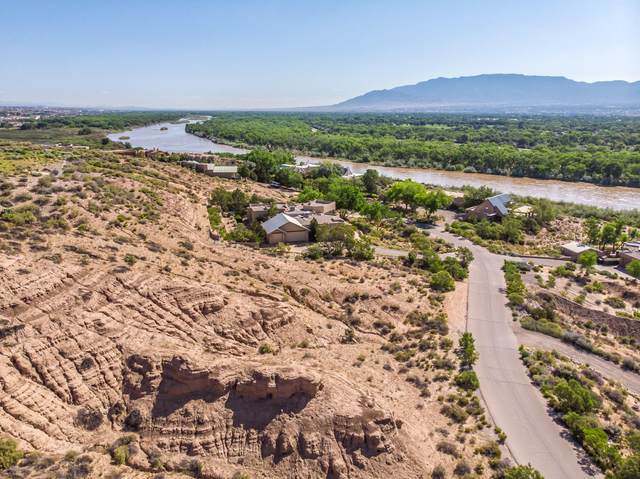 3575 Sequoia Place NW, Albuquerque, NM 87120 (MLS #948150) :: Berkshire Hathaway HomeServices Santa Fe Real Estate