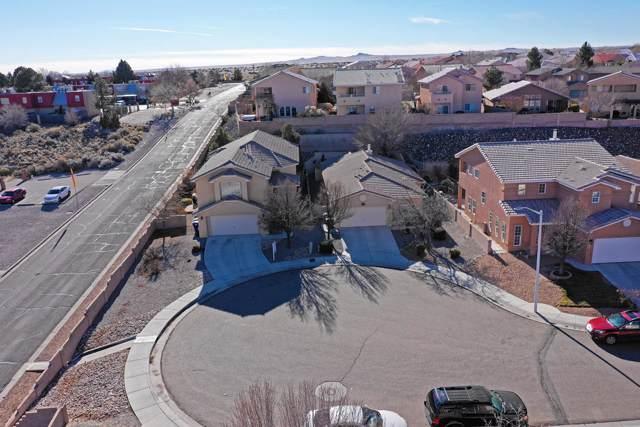 5500 Mansfield Place NW, Albuquerque, NM 87114 (MLS #959918) :: Sandi Pressley Team