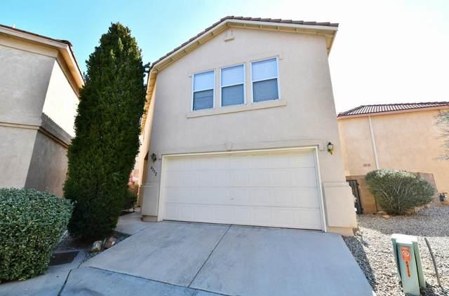 4332 Altura Vista Lane NE, Albuquerque, NM 87110 (MLS #962965) :: Sandi Pressley Team