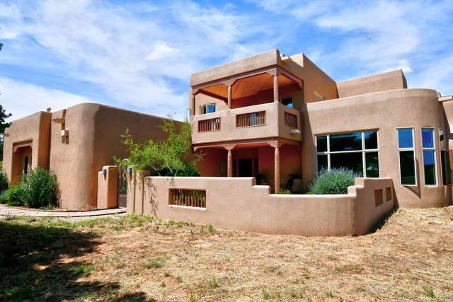 85 Kiva Loop, Sandia Park, NM 87047 (MLS #966718) :: Campbell & Campbell Real Estate Services