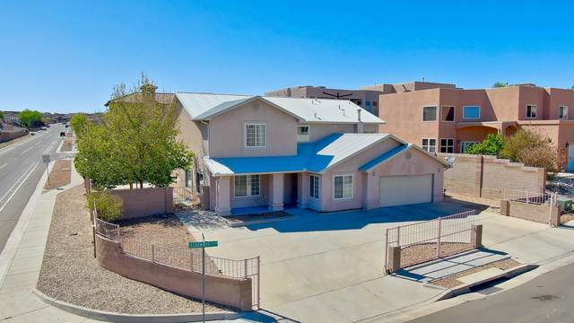 9801 Clearwater Street NW, Albuquerque, NM 87114 (MLS #967545) :: Campbell & Campbell Real Estate Services