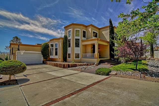5304 Canada Vista Place NW, Albuquerque, NM 87120 (MLS #967660) :: The Buchman Group