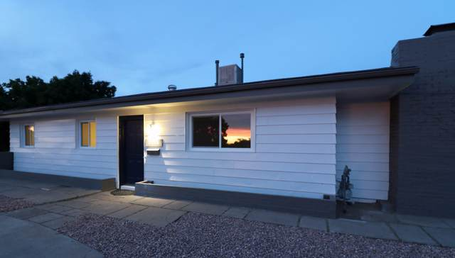 3136 Manzano Street NE, Albuquerque, NM 87110 (MLS #968761) :: The Buchman Group