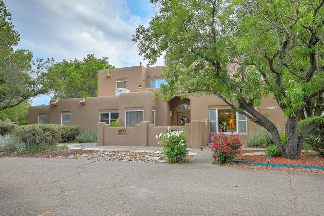 Los Ranchos, NM 87107 :: The Bigelow Team / Red Fox Realty