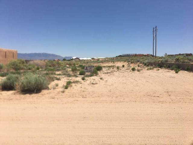 1122 Villa Road SE, Rio Rancho, NM 87124 (MLS #970515) :: Berkshire Hathaway HomeServices Santa Fe Real Estate