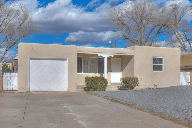 4609 Crest Avenue SE, Albuquerque, NM 87108 (MLS #982426) :: The Bigelow Team / Red Fox Realty