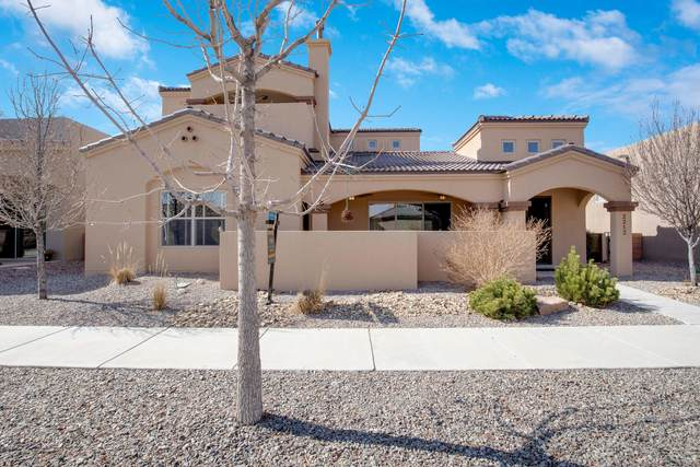 2212 Gandert Avenue SE, Albuquerque, NM 87106 (MLS #988053) :: The Buchman Group