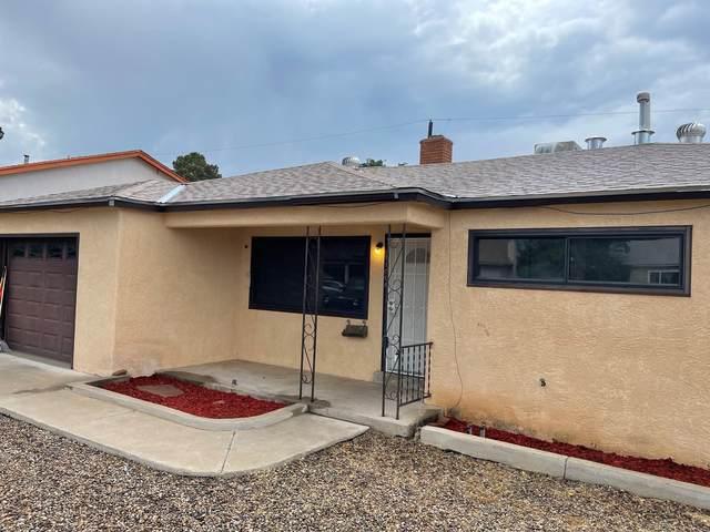 11008 N Apache Avenue NE, Albuquerque, NM 87112 (MLS #997378) :: Berkshire Hathaway HomeServices Santa Fe Real Estate