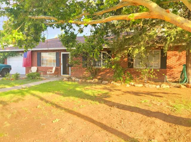 5802 Hannett Avenue NE, Albuquerque, NM 87110 (MLS #950769) :: The Buchman Group