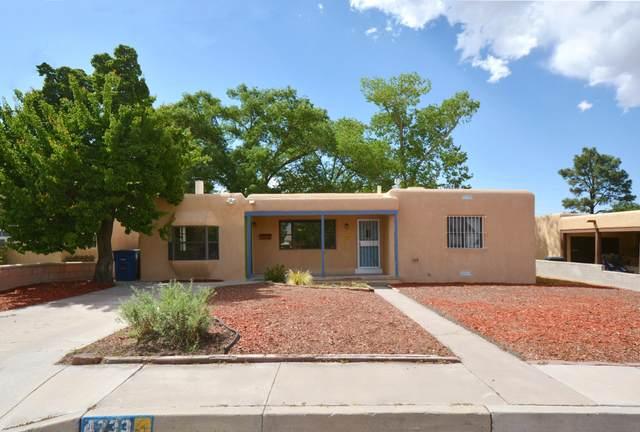 4733 Southern Avenue SE, Albuquerque, NM 87108 (MLS #969263) :: The Buchman Group