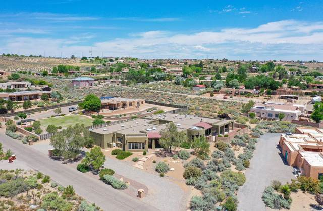 400 Cielo Azul Road, Corrales, NM 87048 (MLS #969872) :: Campbell & Campbell Real Estate Services