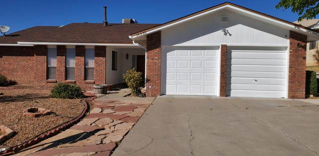 14305 Nambe Avenue NE, Albuquerque, NM 87123 (MLS #976568) :: The Bigelow Team / Red Fox Realty