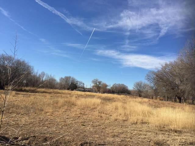 0 Honeyfield Road, Peralta, NM 87042 (MLS #907988) :: Berkshire Hathaway HomeServices Santa Fe Real Estate