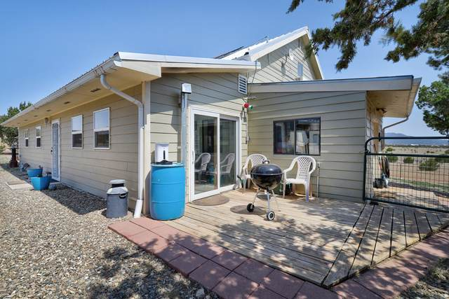16 Cloonagh Road, Edgewood, NM 87015 (MLS #994536) :: Campbell & Campbell Real Estate Services