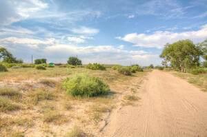 7145 Corlena Court SW, Albuquerque, NM 87121 (MLS #1000602) :: Keller Williams Realty