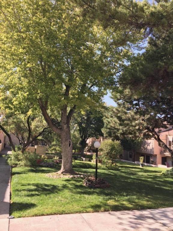 3501 Juan Tabo Boulevard NE L7, Albuquerque, NM 87111 (MLS #1001337) :: Campbell & Campbell Real Estate Services