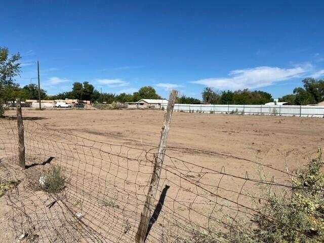 3031 Aubol Road SW, Albuquerque, NM 87105 (MLS #1002302) :: The Buchman Group