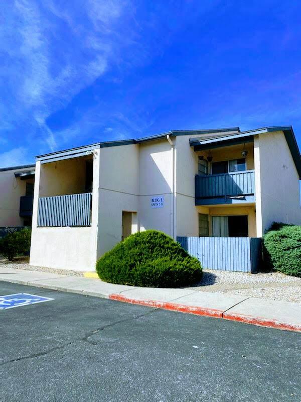 4601 Carlisle Boulevard NE E6, Albuquerque, NM 87109 (MLS #1002681) :: The Buchman Group
