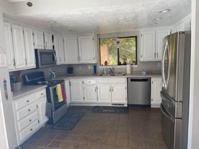 4143 Marla Drive NE, Albuquerque, NM 87109 (MLS #1003037) :: Sandi Pressley Team