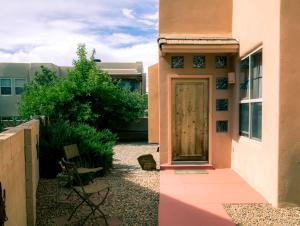 13109 Enchantment Lane NE, Albuquerque, NM 87111 (MLS #893610) :: Rickert Property Group