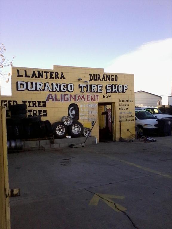 659 Old Coors Drive SW, Albuquerque, NM 87121 (MLS #893861) :: The Stratmoen & Mesch Team